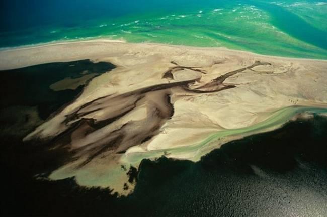 Aerial-Photographs-by-Yann-Arthus-Bertrand-02