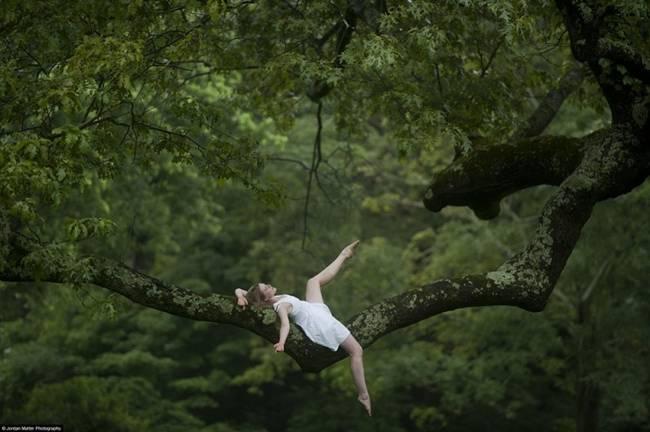 Dancers-among-us-By-Jordan-Metter-11