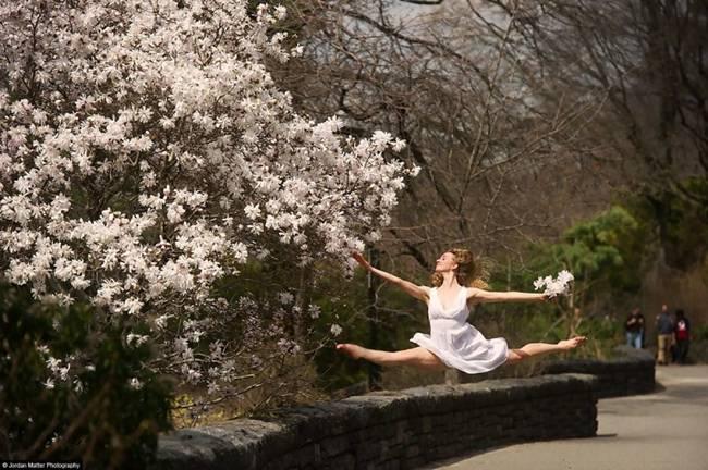 Dancers-among-us-By-Jordan-Metter-17