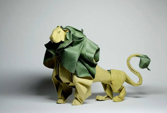 Incredible-Origami-figure-from-Vietnami-artist-Hoang-Tien-Quyet-01