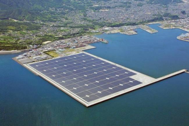 Kyocera-the-world's-largest-floating-solar-power-plant-03