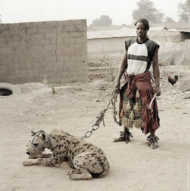 Photo-project-by-photographer-Pieter-Hugo-04