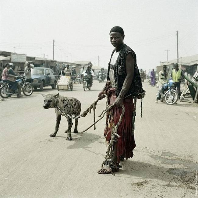 Photo-project-by-photographer-Pieter-Hugo-05