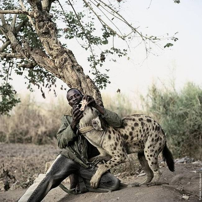 Photo-project-by-photographer-Pieter-Hugo-11