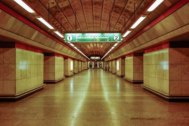 symmetry-of-the-Metro-around-the-world-25