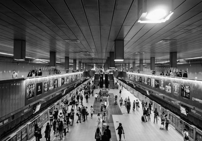 symmetry-of-the-Metro-around-the-world-27