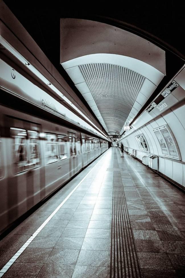 symmetry-of-the-Metro-around-the-world-28
