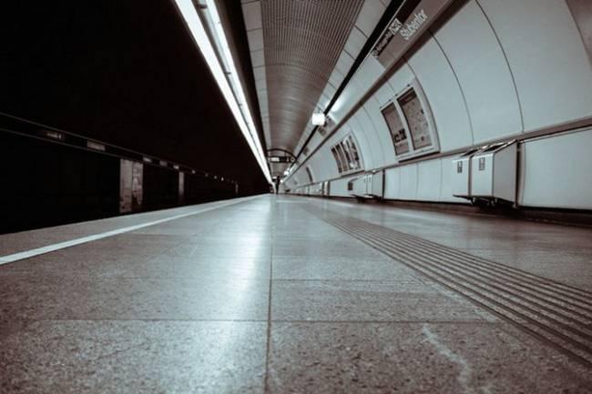 symmetry-of-the-Metro-around-the-world-29