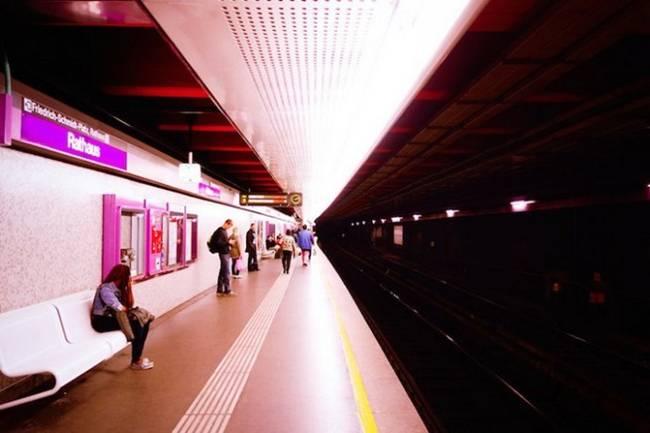 symmetry-of-the-Metro-around-the-world-30