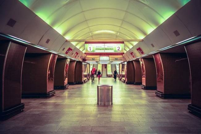 symmetry-of-the-Metro-around-the-world-33