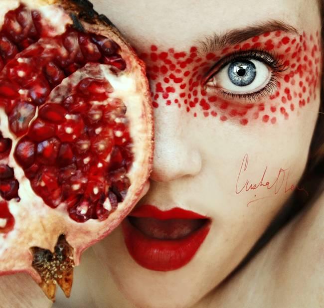 Tutti-Frutti-Self-Portraits-by-Cristina-Otero-02