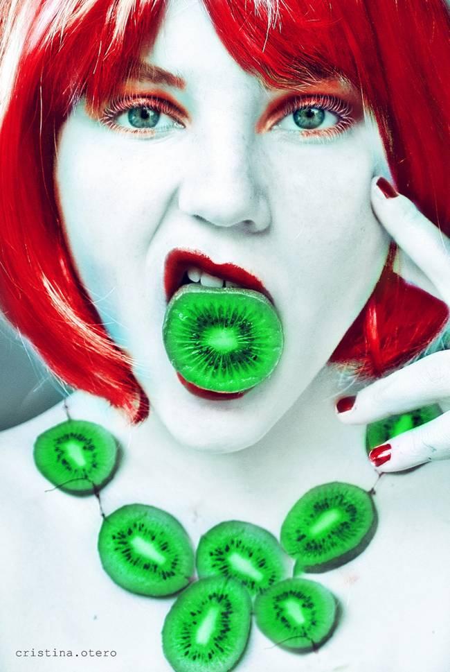 Tutti-Frutti-Self-Portraits-by-Cristina-Otero-06