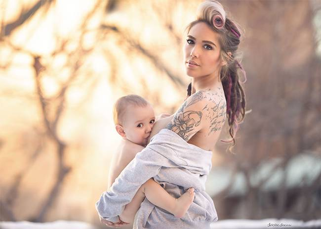 Celestial-beauty-of-breastfeeding-by-photographer-Ivette-Ivens-16