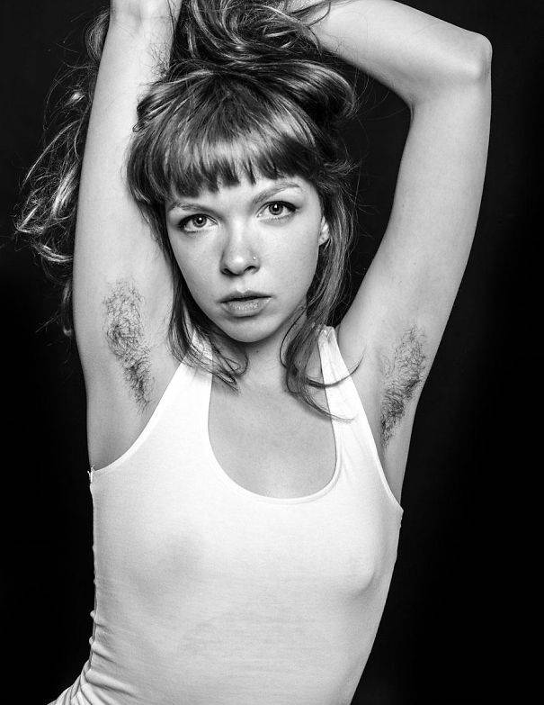 Hairy-Armpits-female-trend-Instagram-15