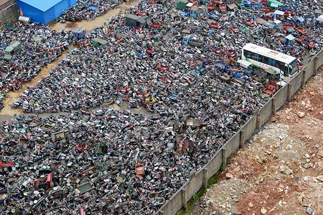 Junk-Yards-in-China-07