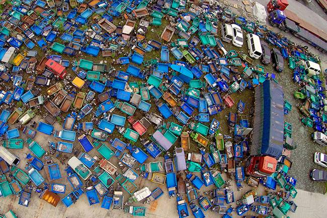 Junk-Yards-in-China-10
