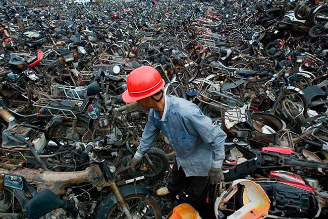 Junk-Yards-in-China-11