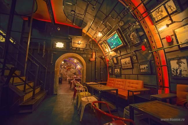 Submarine Steampunk - Interesting design of the pub