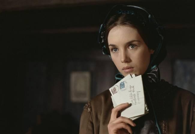 French-actress-Isabelle-Adjani-06
