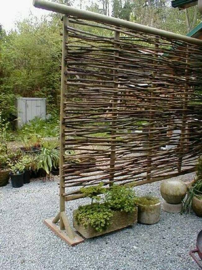 Twig privacy screen