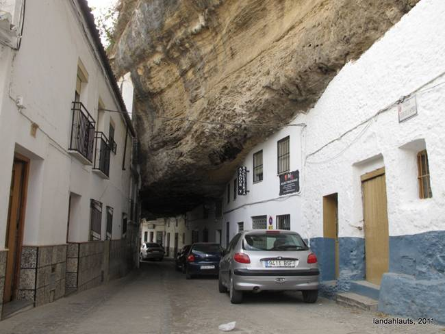 Setenil de las Bodegas — Living Under The Rock