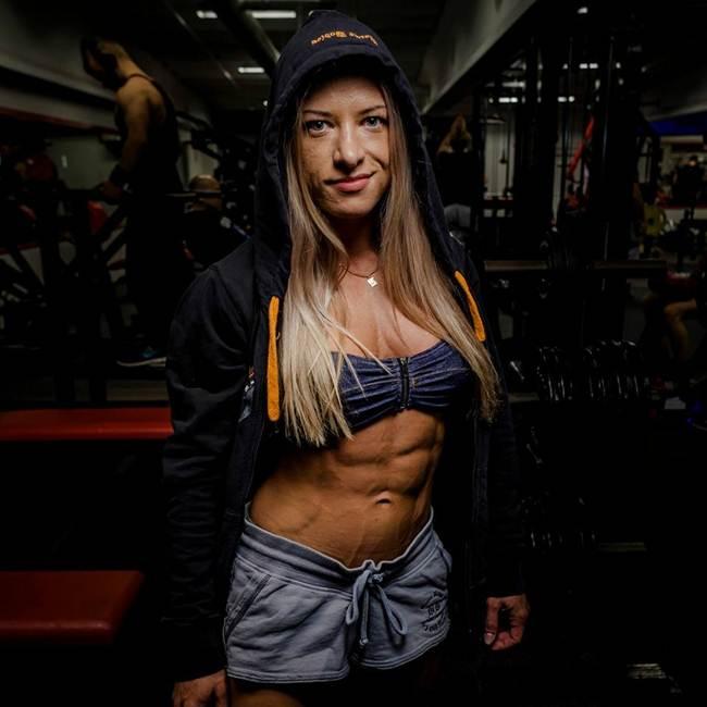 Woman bodybuilder Alexander Rudenko