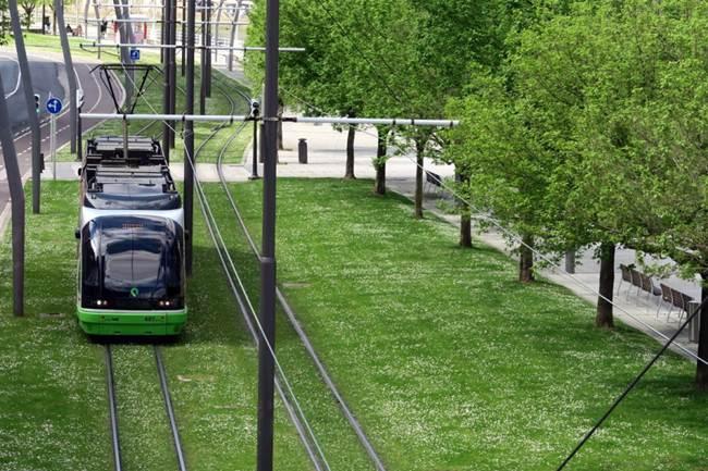 Tram in Bilbao - The world's Best Tram