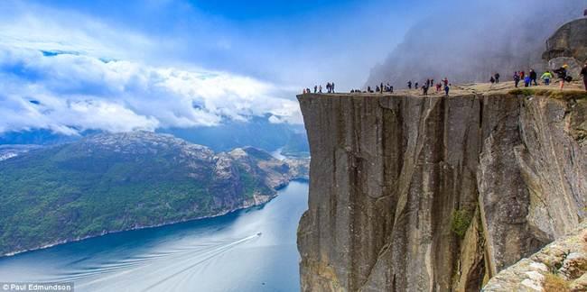 Norway-Photographer-by-British-expat-Paul-Edmundson-001