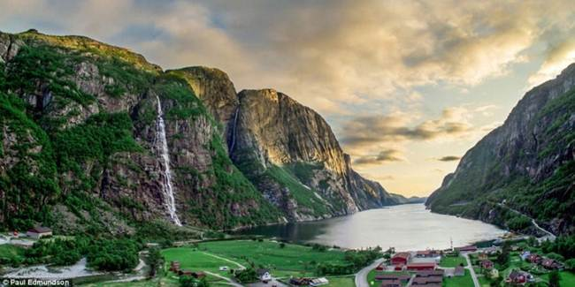 The beauty of the Norwegian fjords in the work of British photographer Paul Edmunson