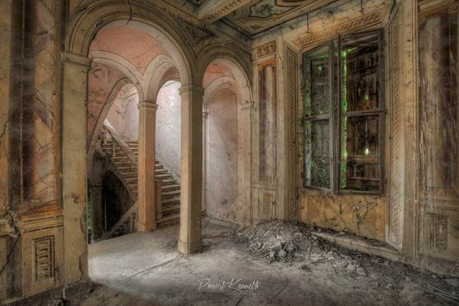 Photographer Kenneth Provost and Abandoned Italy