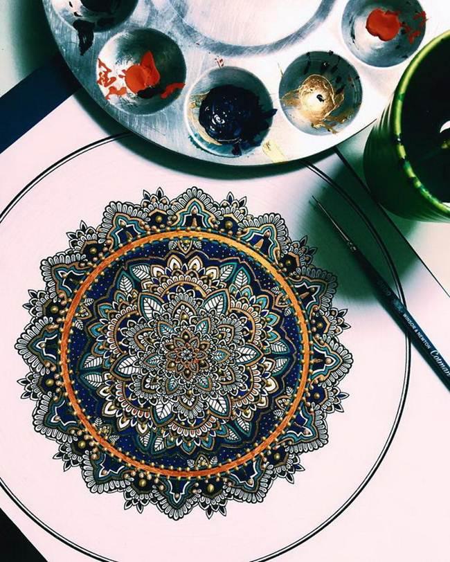 the-artist-asmahan-moslehi-creates-unusual-mandala-in-arabic-style-005