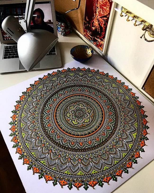 the-artist-asmahan-moslehi-creates-unusual-mandala-in-arabic-style-011