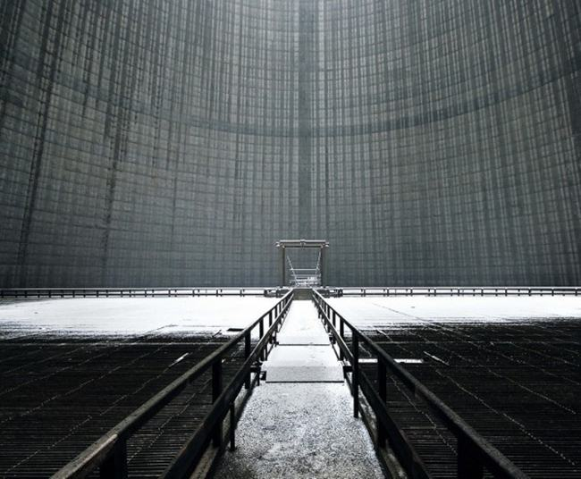 Europe-abandoned-cooling-towers-015