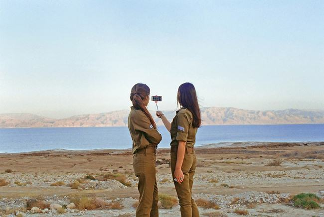 Girls-recruits-in-the-Israeli-army-005
