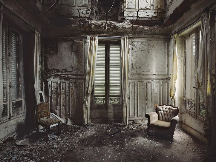 The-beauty-of-abandoned-buildings-006