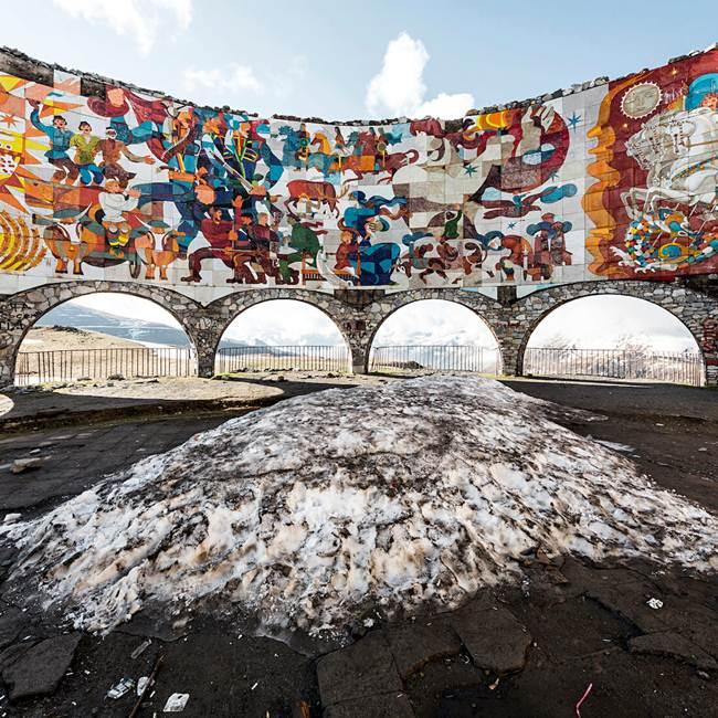 06-Gudauri-Russian-Georgian-friendship-monument