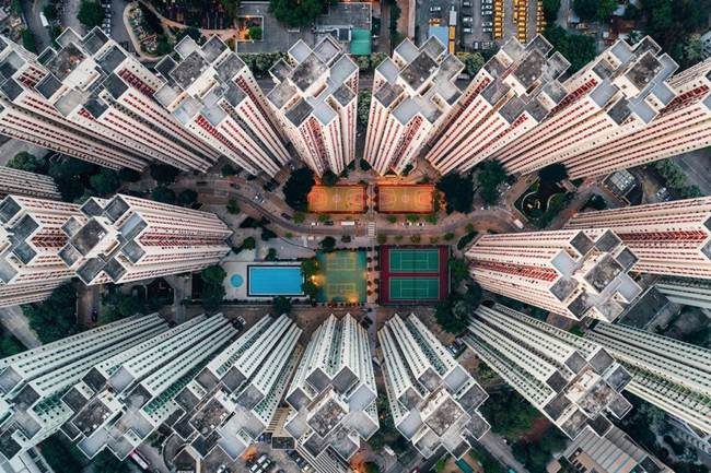 Aerial-View-of-Hong-Kong-show-the-city-senseless-urban-planning-004
