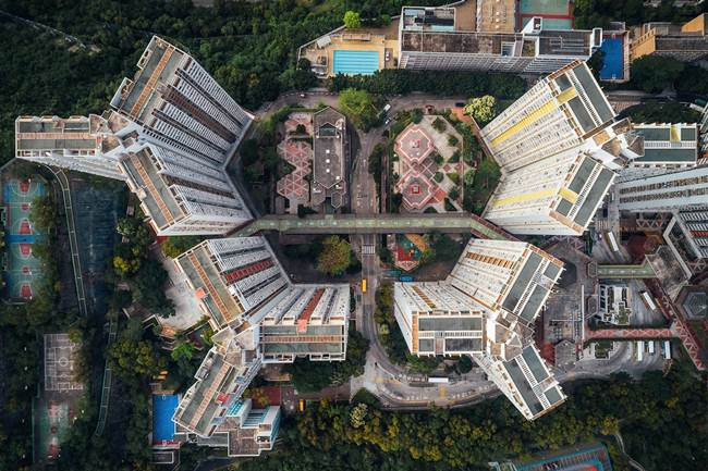 Aerial-View-of-Hong-Kong-show-the-city-senseless-urban-planning-006