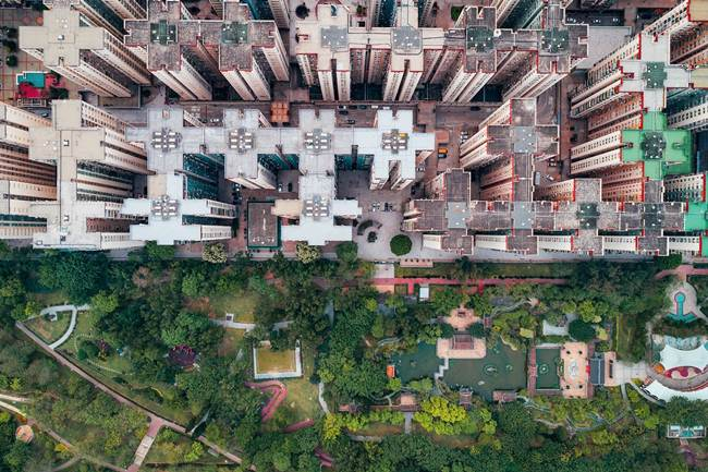 Aerial-View-of-Hong-Kong-show-the-city-senseless-urban-planning-010