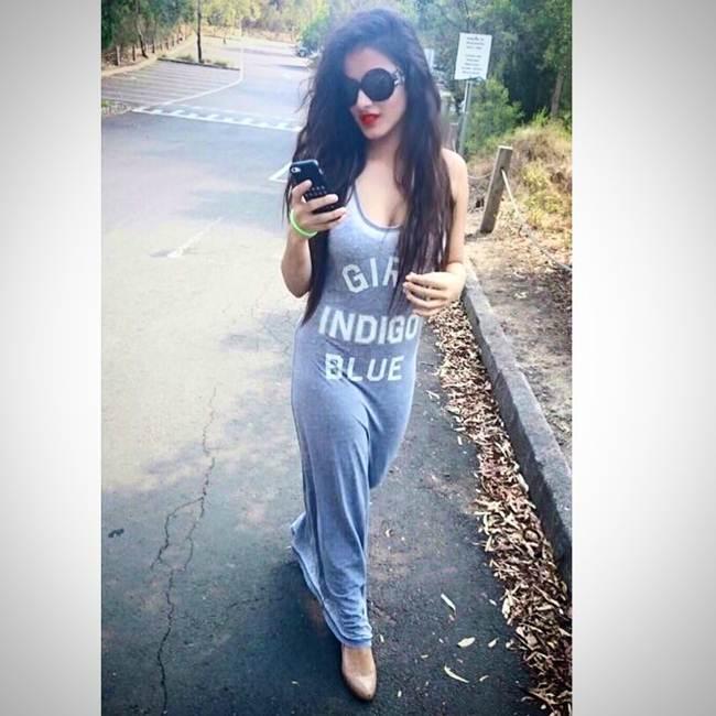 Instagram-Celebrity-Ketika-Sharma-003
