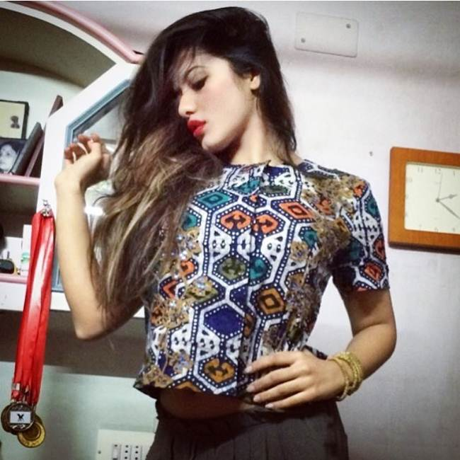 Instagram-Celebrity-Ketika-Sharma-011