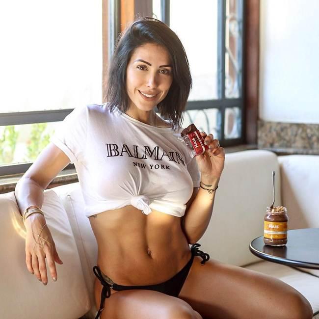 8. Bella Falconi