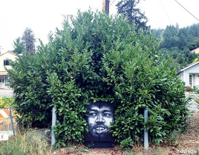 Street-Art-Installations-That-Cleverly-Interact-With-Nature-009