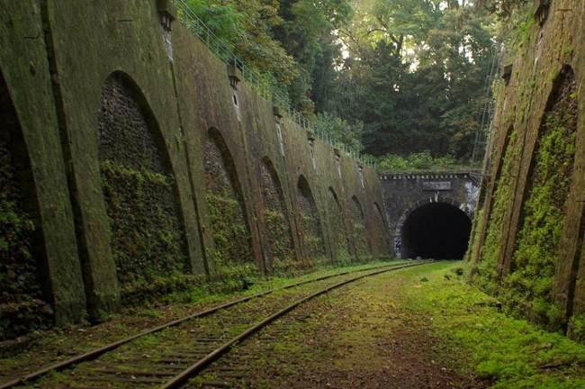 03_Chemin de-fer-de-Petite-Ceinture