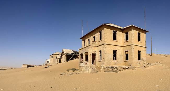 26_The-ghost-town-of-the-desert