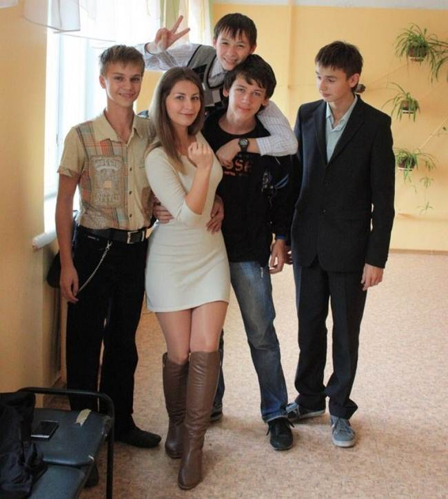 18-most-beautiful-teachers-gudsol-003