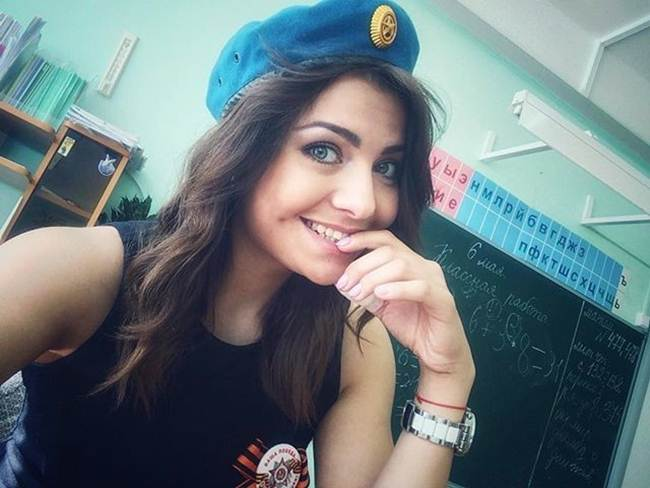 18-most-beautiful-teachers-gudsol-017