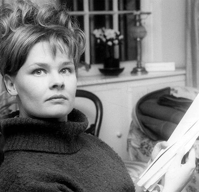 Judy Dench, 28 years old