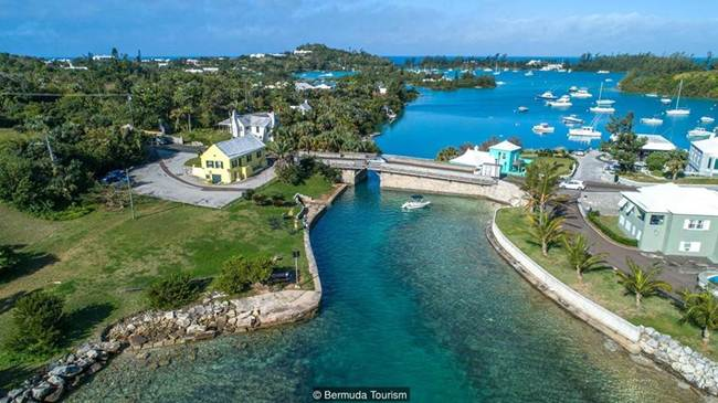 Bermuda_s Somerset Bridge-the-smallest-bridge-in-the-world-Gudsol-003