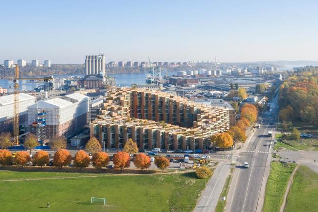Unusual_cascade_residential_complex_in_Stockholm-Sweden-003